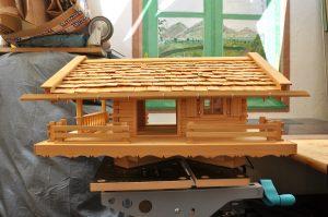 10 Fertiges Vogelhaus rechte Seite